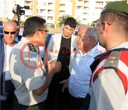 Mersin'de MHP'nin Konvoyu Kesildi, Kriz Çıktı