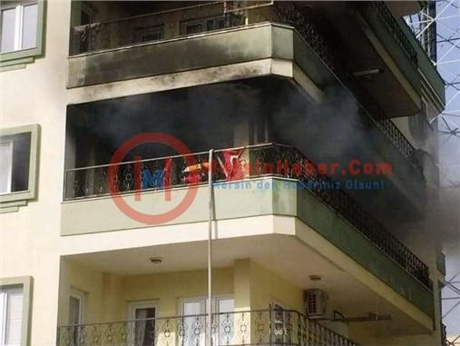 Tarsus'ta Apartmanda Yangın Çıktı