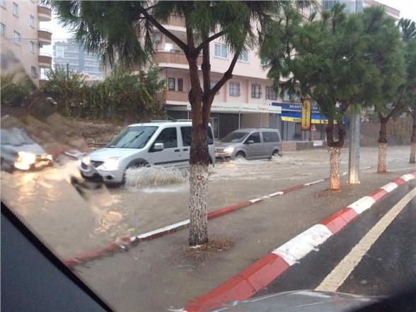 Aşırı Yağışların Neden Olduğu Sel Felakatinde Tarsus Fotoğrafları