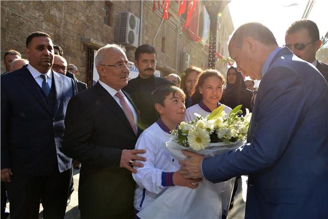 Cumhurbaşkanı Recep Tayyip Erdoğan Mersin Büyükşehir Belediyesini Ziyaret Etti