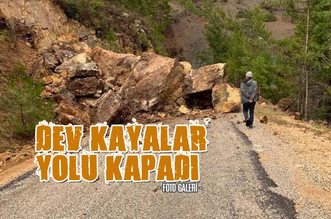Mersin'de Heyelan Nedeniyle Düşen Büyük Kayalar Yolu Ulaşıma Kapadı
