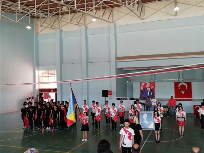 19 Mayıs Atatürk'ü Anma Gençlik ve Spor Bayramı Çeşmeli'de Coşkuyla Kutlandı