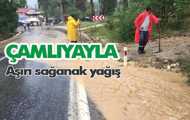 Mersin'in Çamlıyayla İlçesinde Aşırı Sağanak Yağış!