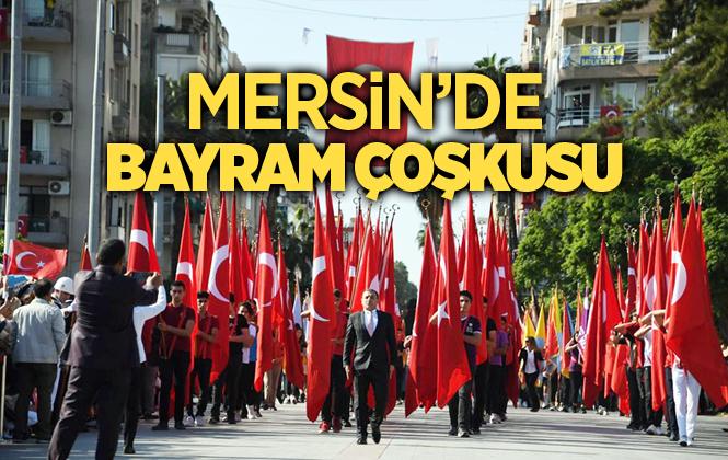 Mersin'de Cumhuriyet Bayramı Coşkusu