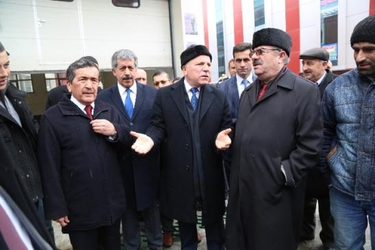 Erzurum Büyükşehir'den Suriyeli Misafirlere Yardım Tirı