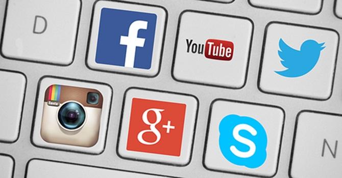 Sosyal Medyada Cinsel İçeriklere Dikkat