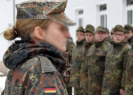Alman Ordusunda Cinsel Taciz Skandalı