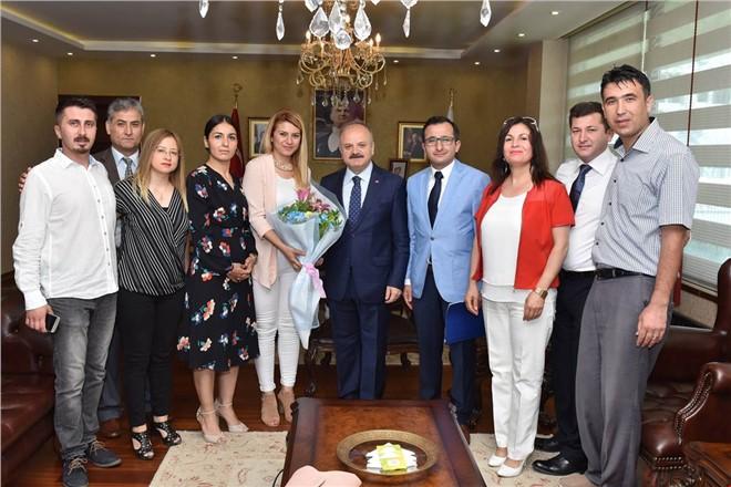 Vali Çakacak, Gülnarlılar Derneği Başkanı Şahin ve Yönetimini Kabul Etti