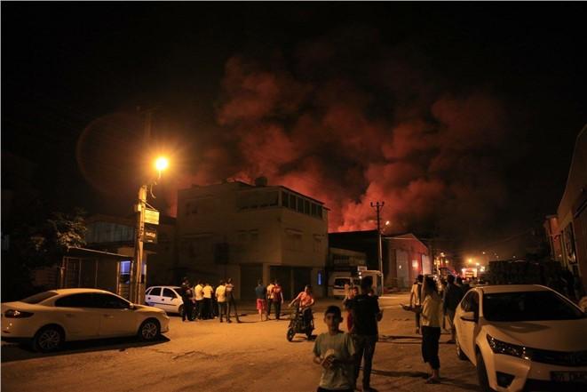 Mersin Keresteciler Sitesi'nde Yangın