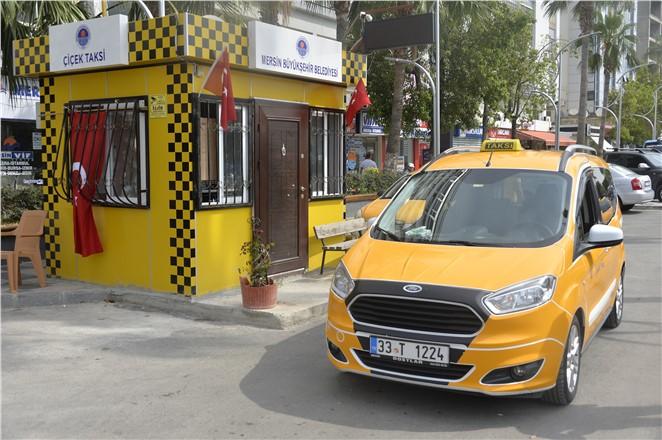 Mersin'de Taksi Durakları Modernleşiyor