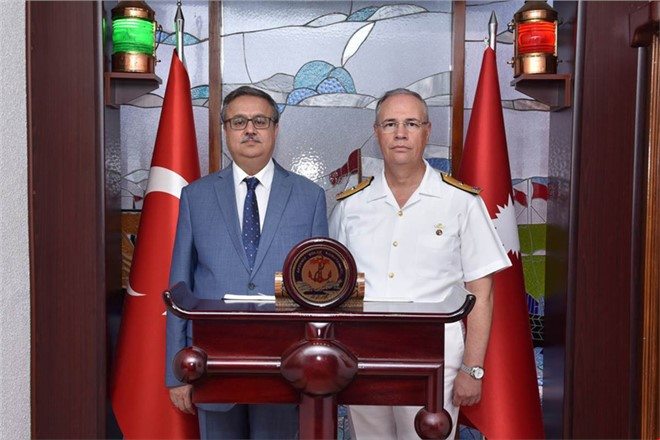 Mersin Valisi Ali İhsan Su'dan Garnizon Komutanı Yıldız'a İade-i Ziyaret