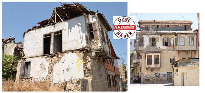 Tarsus'ta Tarihi Evler Bakımsızlıktan Yıkılıyor (Akdeniz Gazetesi Özel)