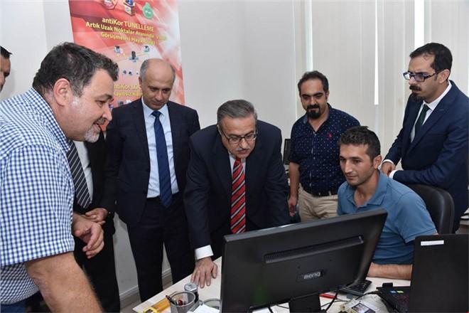 Vali Ali İhsan Su Teknopark Yönetim Kurulu Toplantısı'na Başkanlık Etti