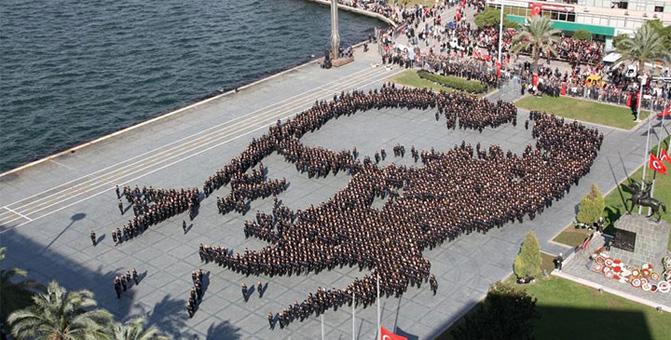 Başkan Tuna'dan, 10 Kasım'da Canlı Atatürk Portresi İçin 10 Bin Gönüllüye Çağrı