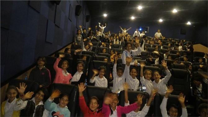 Mersin'de 1 Milyon Öğrenci Sinema İle Buluşuyor