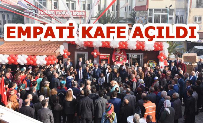 """Günün Anlam ve Önemini Yansıtan """"Empati Kafe"""" Tarsus'ta Açıldı"""