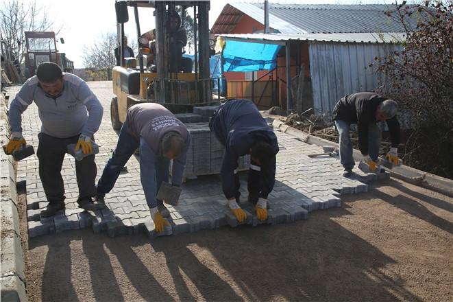 Erdemli Belediyesinden Engelli Hassasiyeti, Engelli Vatandaşın Yolu Yapıldı