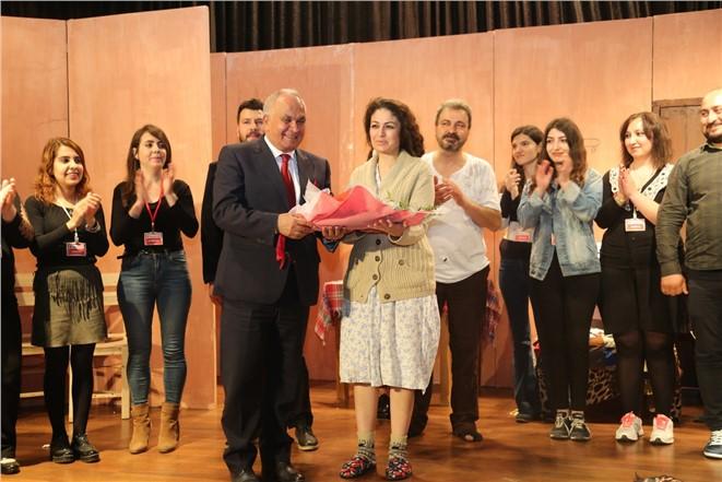 Erdemli Belediyesi Şehir Tiyatrosuna Ödül
