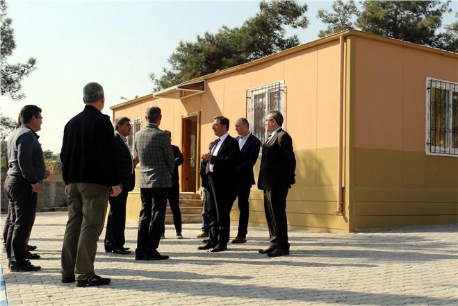Akdeniz Belediye Başkanı Pamuk, Mahalle ve Taziye Evlerini İnceledi