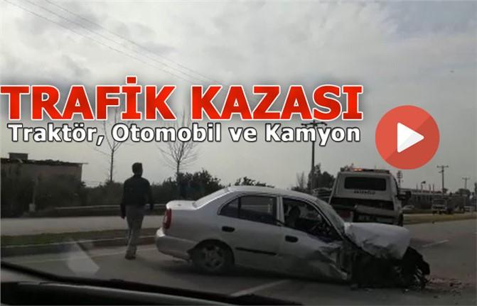 Mersin Tarsus'ta Traktörle Otomobil Çarpıştı