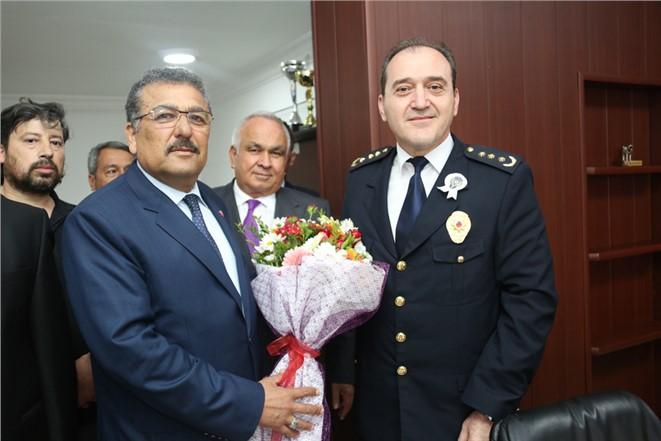 Başkan Tollu Erdemli İlçe Emniyet Müdürlüğü'nü Ziyaret Etti