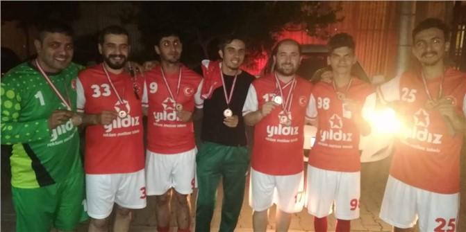 Mersin'de Gazeteciler ve Matbaacılar Arası Futbol Turnuvası Sona Erdi