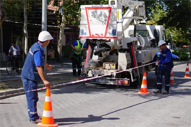 Toroslar EDAŞ, Haziran ayında bakım, onarım ve yatırım çalışmalarını sürdürdü
