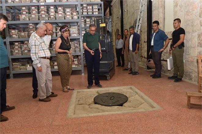 Vali Su, Gözlükule Höyükleri İle Soli Pompeiopolis Antik Limanını Ziyaret Ederek İncelemelerde Bulundu