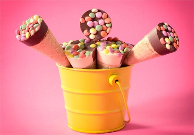 30 Dakika Kuralı, Dondurma Yediğinizde veya Buzlu Bir Limonata İçtiğinizde Dişleriniz Kamaşıyor Mu?
