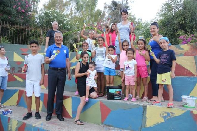 Mersin Mezitli Belediyesi, Mezitli Kent Konseyi İle Birlikte Sahilde Boyama Şenliği Düzenlendi.