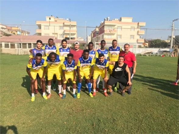 Mersin'de Türk Karması İle Afrikalı Karması Futbol Maçı Yapıldı