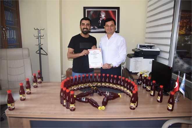 Anamur Belediye Başkanı Türe'ye Patentli Şalgam İkramı
