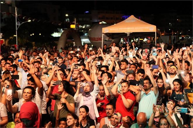 Mersin Erdemli Kızkalesi Festivali Tüm Görkemiyle Sona Erdi