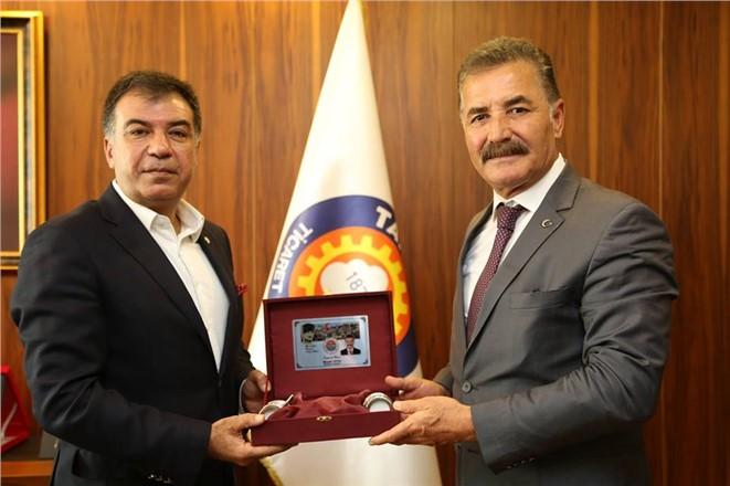 MHP Mersin Büyükşehir Adayı Tuna'dan Tarsus'ta Ziyaretler