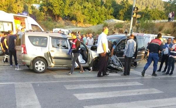 Mersin Anamur'da Trafik Kazası 2 Ölü 7 Yaralı