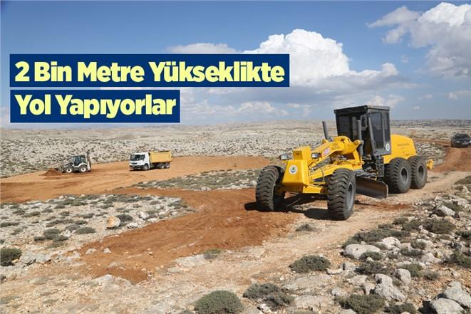 Mersin'de 2 Bin Rakımda Yol Çalışması