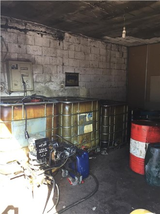 Mersin Tarsus'ta 6 Bin 700 Litre Kaçak Akaryakıt ve Seyyar Yakıt Pompası ile Santrifüj Ele Geçirildi