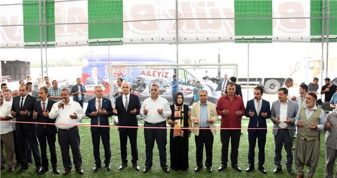Mersin Tarsus Bahçe Mahallesi Halı Sahası Törenle Açıldı