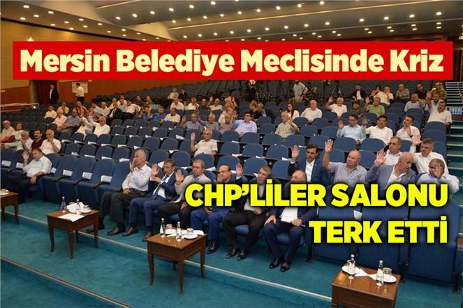 Mersin Belediye Meclisinde CHP'liler Salonu Terk Etti