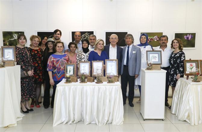 Mersin TSO Sanat Galerisi'nde, Sanatlı Günler Yeniden Başladı. İlk Sergisi 'İğne Oyası ve Fotoğrafın Düeti' İsimli Sergi