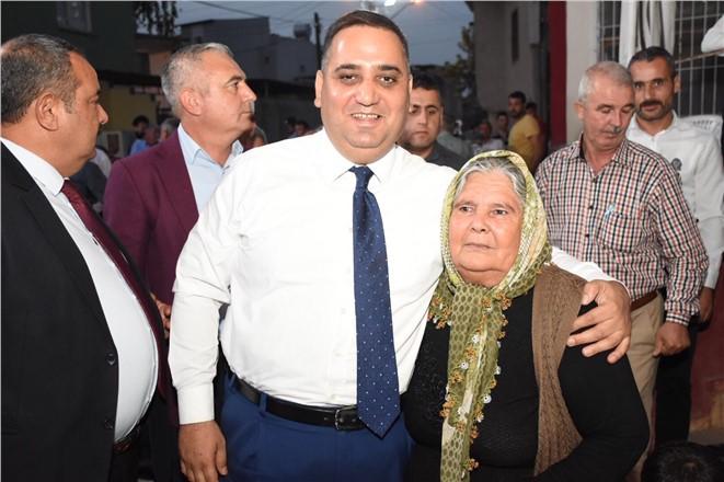 Başkan Şevket Can'a Özbek Mahallesi'nde Yoğun İlgi