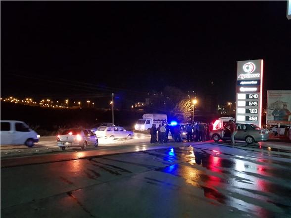 Mersin Tarsus'ta Akşam Yaşanan, Motosikletle Otomobilin Karıştığı Kazada 2 Kişi Yaralandı