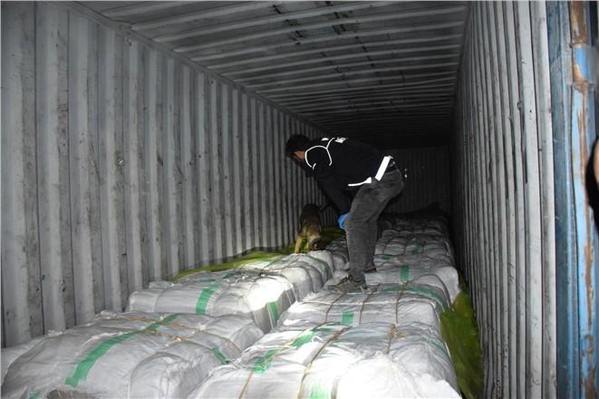 Suriye'den 30 Milyon TL'lik Uyuşturucu Mersin'de Ele Geçirildi
