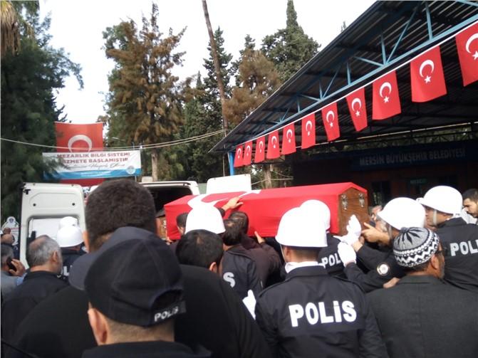 Kalp Krizinden Hayatını Kaybeden Trafik Polisi Mustafa Kayhan Mersin'de Defnedildi