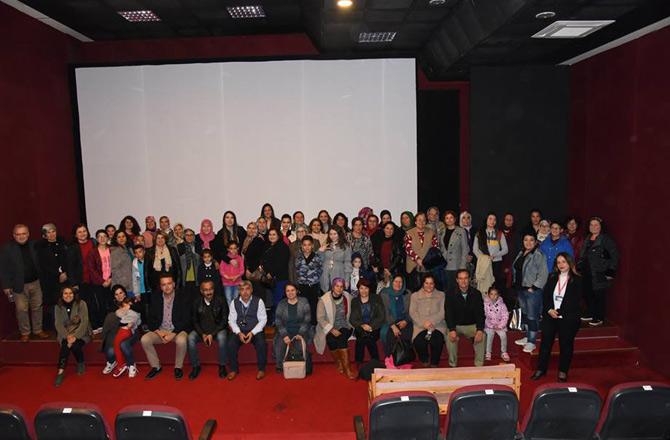 Mersin Anamur'da Kadınlara Ücretsiz Sinema Etkinliği Devam Ediyor