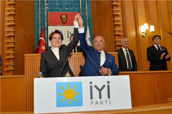 Mersin Büyükşehir Belediye Başkanı Burhanettin Kocamaz Resmen İYİ Parti'ye Katıldı
