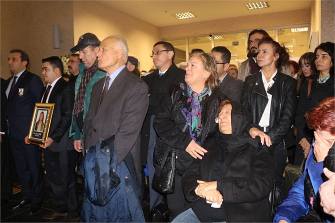 Mersin Barosu'nun Acı Günü, Av. Ayşe Tunç İçin Mersin Adliyesinde Tören Düzenlendi