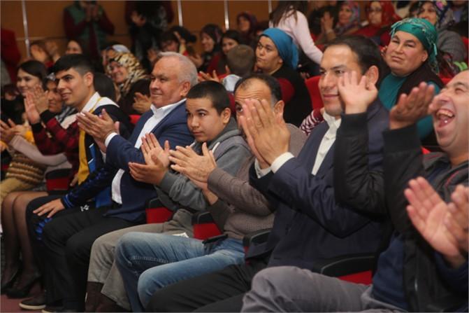 Erdemli Belediye Başkanı Tollu'dan Egnegelliler Gününde Sürpriz Kutlama