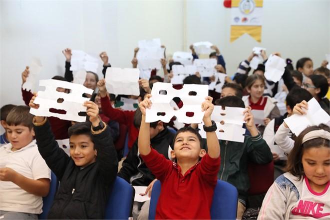 Mersin'de Öğrencilerin Kodlama İle Farkındalık Düzeyleri Artırılıyor