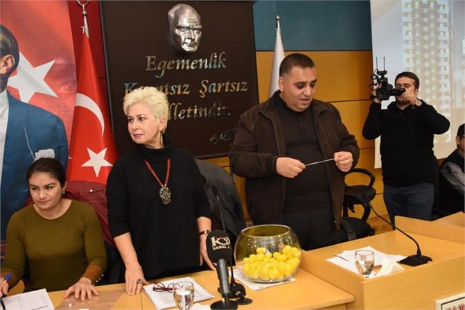 Tarsus Belediyesinin Toplu Konut Projesi Büyük İlgi Gördü, Belediye Evleri Toplu Konut Kuraları Çekildi